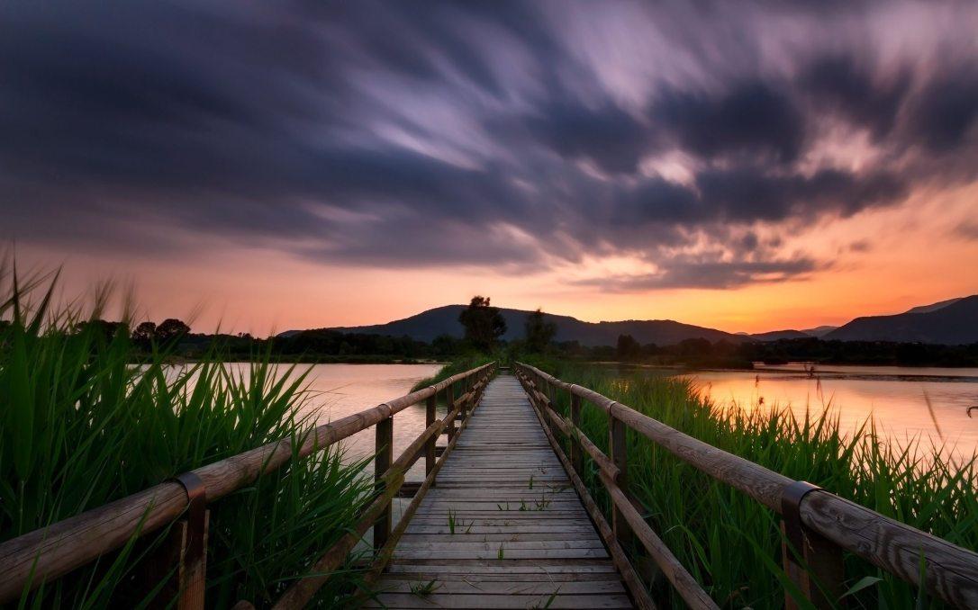 calm-clouds-dawn-378442
